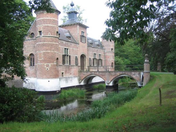 kasteel pulhof wijnegem